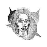 Dé la muchacha exhausta con dos caras y burbujas del discurso Tema del tatuaje Ilustración del vector stock de ilustración