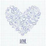 Dé los corazones exhaustos de la tinta en un trozo de papel del cuaderno Ejemplo del día de tarjetas del día de San Valentín para Imágenes de archivo libres de regalías
