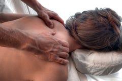 Dé masajes a las manos Imagen de archivo libre de regalías