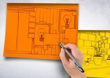 dé a oficina de dibujo las líneas rojas en el palillo de papel anaranjado en la pared 1 modelo más en papeles amarillos, Foto de archivo libre de regalías