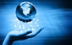 Dé sostener el globo Imagen de archivo libre de regalías