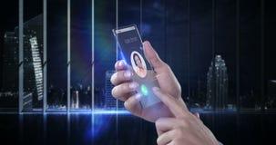 Dé sostener el teléfono móvil futurista contra fondo digital generado stock de ilustración
