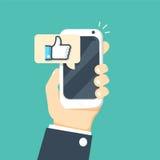 Dé sostener smartphone con el mensaje similar en la pantalla, como el botón Los pulgares suben el icono ilustración del vector