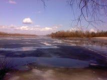 Débâcle sur la rivière Photo libre de droits