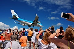 Débarquement à princesse Juliana International Airport - saint Martin Photographie stock
