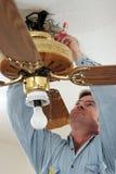 Débranchement des fils de ventilateur Photographie stock