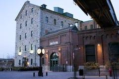 Début de la matinée dans le secteur de distillerie - Toronto, DESSUS Images stock