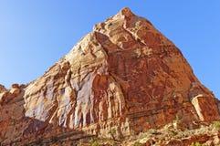 Début de la matinée Sun dans le pays rouge de roche Photographie stock libre de droits