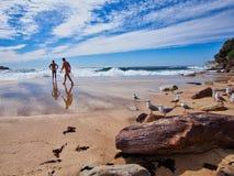 Début de la matinée sur la plage de Bondi, Sydney, Australie photographie stock