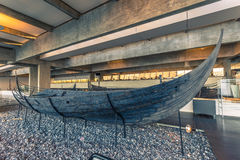 4 décembre 2016 : Drakkar antique de Viking à l'intérieur de Viking Shi Photographie stock