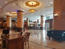 30 décembre 2016, Kuala Lumpur Le lobby d'hôtel de l'hôtel Subang USJ de sommet Images libres de droits