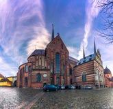 4 décembre 2016 : Panorama de la cathédrale de St Luke dans le RO Photographie stock libre de droits