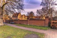 4 décembre 2016 : Vieux bâtiments traditionnels de Roskilde, Denmar Photographie stock libre de droits