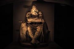 3 décembre 2016 : Vue frontale de Holger Danske à l'intérieur de Kronborg Photos stock