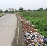 Décharge et polluant d'ordures Photos libres de droits