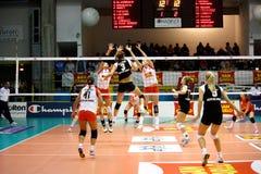 Décharge - volleyball tout le jeu 2008 d'étoile Photos libres de droits