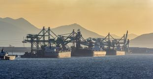 Déchargeur continu spécial de charbon de bateau photo libre de droits