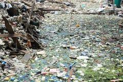 Déchets d'ordure à Bangkok central le 19 juin 2015 Images stock
