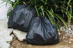 Déchets de sac de poubelle Images libres de droits