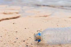 Déchets sur la plage Photographie stock