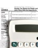Déclaration d'impôt EZ avec la calculatrice Image libre de droits