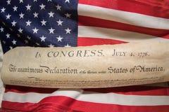 Déclaration d'indépendance le 4 juillet 1776 sur le drapeau des Etats-Unis Photos libres de droits