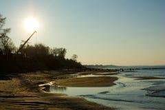 Déclin sur le littoral photographie stock