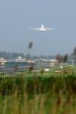 Décollage d'avion image libre de droits