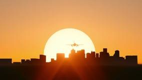 Décollage plat sur le coucher du soleil ou la longueur de lever de soleil clips vidéos