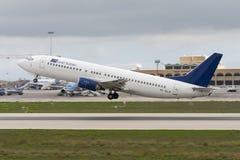 737 décollant Images stock