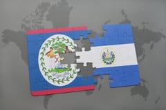 déconcertez avec le drapeau national de Belize et du Salvador sur un fond de carte du monde Photo libre de droits