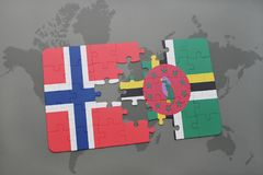 déconcertez avec le drapeau national de la Norvège et de la Dominique sur une carte du monde Images stock