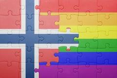 Déconcertez avec le drapeau national de la Norvège et du drapeau gai Photos libres de droits