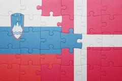 Déconcertez avec le drapeau national de la Slovénie et du Danemark Photo stock