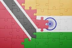 Déconcertez avec le drapeau national des Trinité-et-Tabago et de l'Inde Image stock
