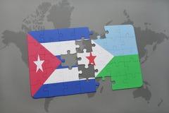 déconcertez avec le drapeau national du Cuba et du Djibouti sur un fond de carte du monde illustration stock
