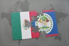 déconcertez avec le drapeau national du Mexique et de Belize sur un fond de carte du monde Photographie stock