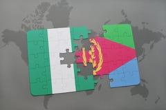 déconcertez avec le drapeau national du Nigéria et de l'Érythrée sur une carte du monde Image stock
