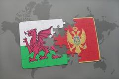 déconcertez avec le drapeau national du Pays de Galles et du Monténégro sur un fond de carte du monde Photographie stock libre de droits
