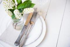 Décor blanc de table de mariage de neige photographie stock libre de droits