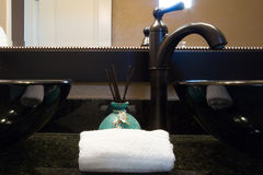 Décor d'évier de salle de bains Photos libres de droits