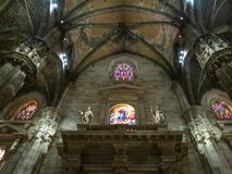 Décor d'intérieur de Milan Cathedral photographie stock libre de droits