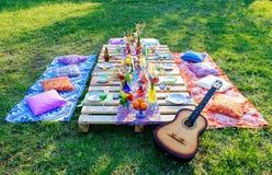 Décor de mariage d'une table pour un mariage dans un style de boho Photo stock