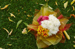 Décor de mariage des fleurs Photographie stock libre de droits