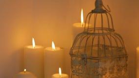Décor et bougies de mariage banque de vidéos