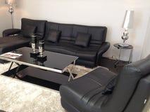 Décoration à la maison avec les chaises en cuir Photo libre de droits