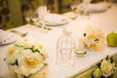 Décoration élégante de table de mariage Photographie stock libre de droits
