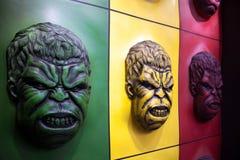 Décoration colorée de mur de visage de carcasse à un parc d'attractions Images libres de droits