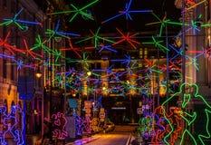 Décoration d'éclairage de nouvelle année et de Noël de la ville La Russie, Images libres de droits
