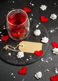 Décoration d'amour et de Valentine Day avec des coeurs Image stock